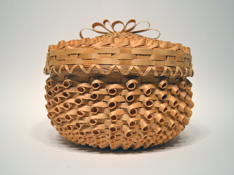 Medium Sized Basket with Ribbon Bow on Top of lid [Passamaquoddy]